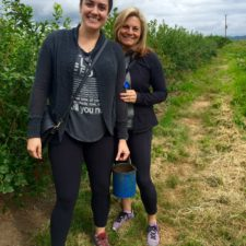 Seattle: A Mother/Daughter Blueberry Picking Adventure