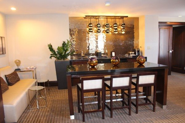 Presidential Suite Bar at the Hyatt Regency Boston
