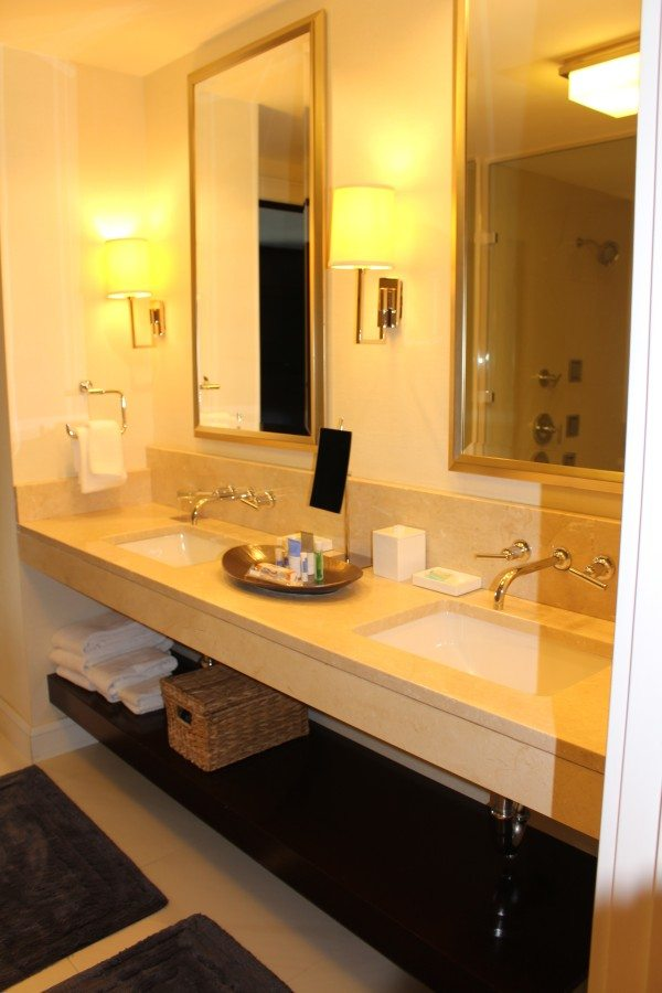 What is it like to stay in a Presidential Suite? #Hyatt #Boston