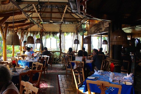 Inside Mama's Fish House