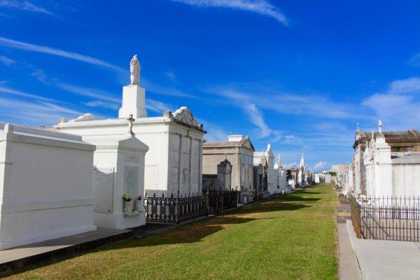 cemeteries in New Orleans