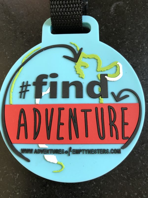 find adventure luggage tag