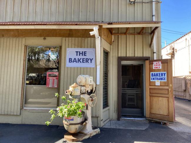 bakery in Maui