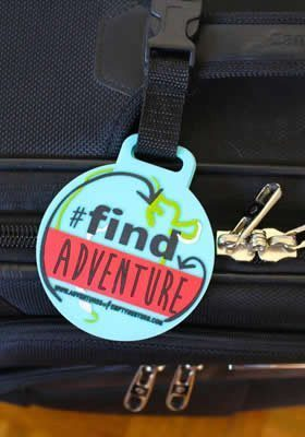 My list of the best travel accessories - find adventure luggage tag